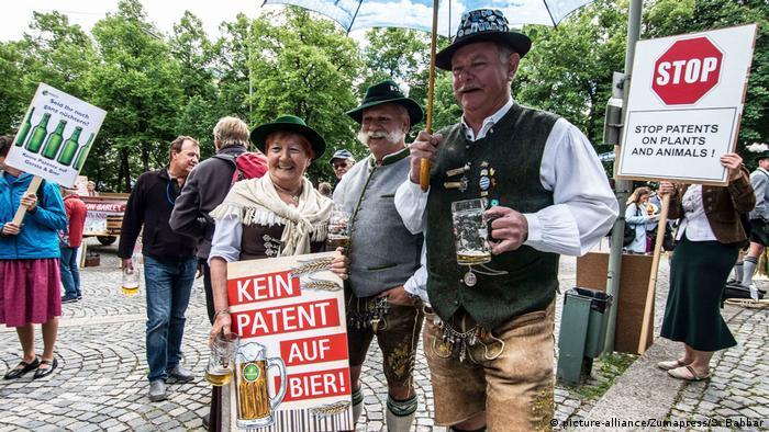 Deutschland Protest gegen Patent auf Bier und Gerste in München