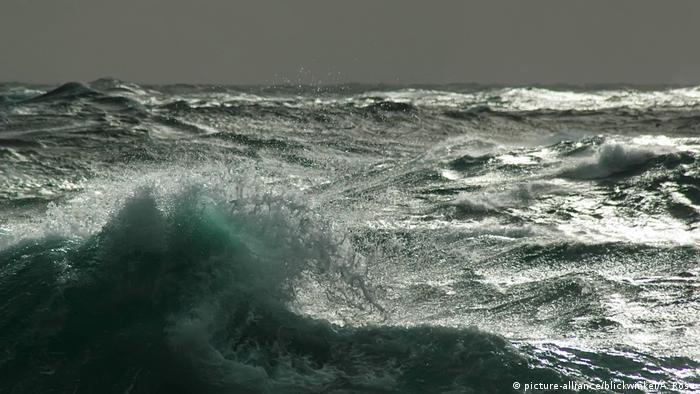 Wellen der Drakepassage, waves in the Drake Passage