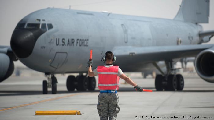 Amerikanischer Militäreinsatz in Katar (U.S. Air Force photo by Tech. Sgt. Amy M. Lovgren)