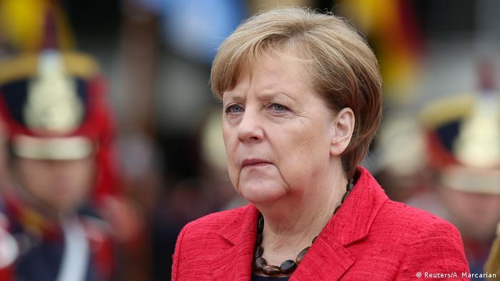 Aboga Angela Merkel por respeto de derechos humanos