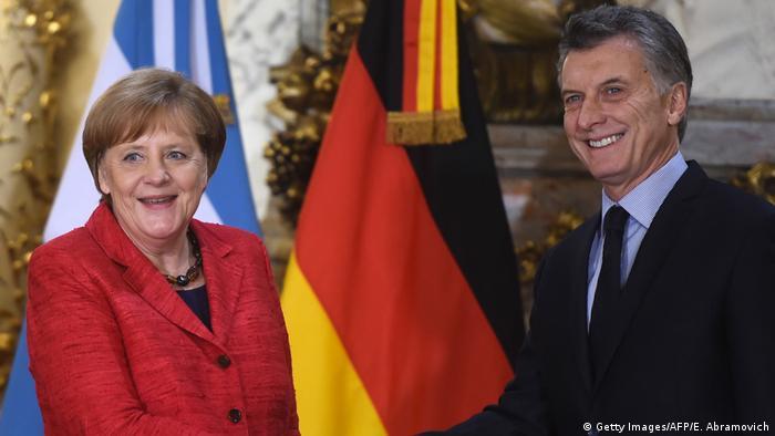 Angela Merkel fue recibida por Mauricio Macri en la Casa Rosada de Buenos Aires en su primera visita oficial a la Argentina, donde elogió la apertura económica y aseguró que Alemania puede ser un buen socio para la modernización del país sudamericano.