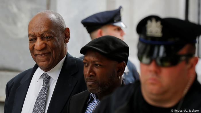 USA Bill Cosby departs with comedian Joe Torry after the fourth day of Cosby's sexual assault trial at the Montgomery County Courthouse in Norristown, Pennsylvania (Reuters/L. Jackson)