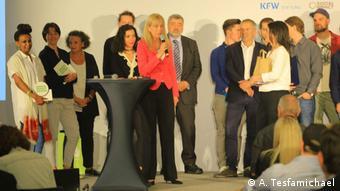 """Deutschland Frankfurt - Eldana Wolde gewinnt in Frankfurt den """"Social Impact Award"""" für Bemela Coffee"""