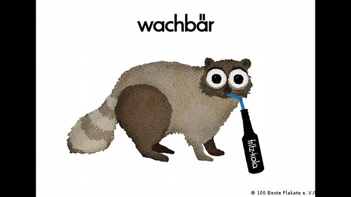 Poster showing raccoon with a straw in its mouth drinking from a cola (100 Beste Plakate e. V./Rocket & Wink)