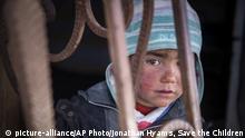 Syrien Krieg - Kind in Rakka