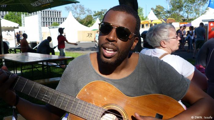Dino D'Santiago, Sänger aus Cap Verde