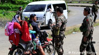 Polizeikontrolle Marawi Philippinen