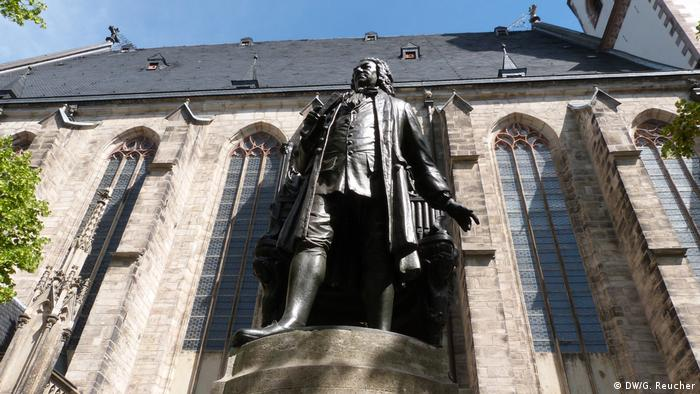 Bach monument in front of the Thomas Church in Leipzig