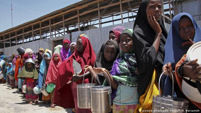 Hunger in Somalia (picture alliance/AP Photo/F. A. Warsameh)