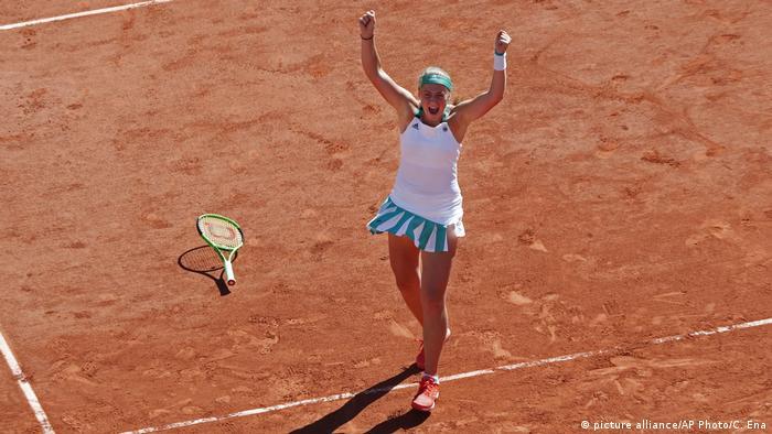 Frankreich Ostapenko gewinnt die French Open 2017 (picture alliance/AP Photo/C. Ena)