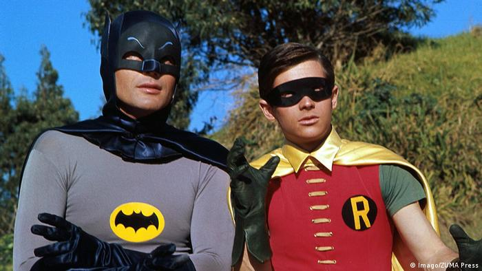 Adam West als Batman mit Robin Burt Ward 1970 (Imago/ZUMA Press)