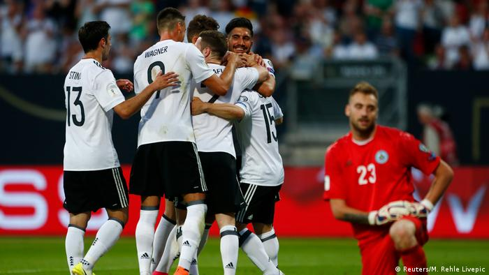 Fußball WM-Qualifikation Deutschland - San Marino Torjubel (Reuters/M. Rehle Livepic)