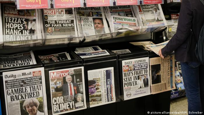 British press kiosk after the election (picture-alliance/dpa/AP/M. Schreiber)