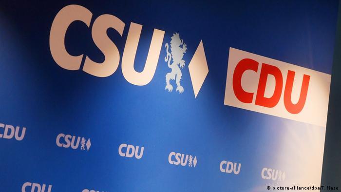 CDU CSU logos (picture-alliance/dpa/T. Hase)