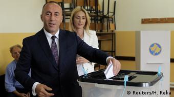 Kosovo Parlamentswahl - Ramush Haradinaj (Reuters/H. Reka)