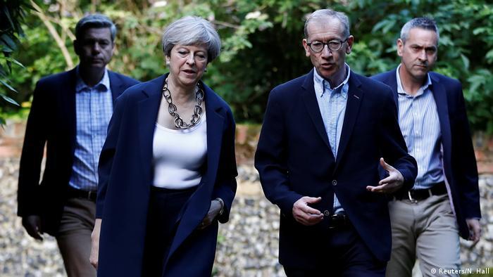 Großbritannien Theresa May Gottesdienst in Sonning (Reuters/N. Hall)