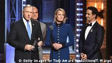 USA | Tony Award 2017 | House of Cards - Kevin spacey, Robin Wright, Michael Kelly mit Lin-Manuel Miranda