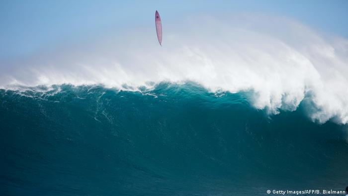 Hawaii Surfen Peahi Challenge (Getty Images/AFP/B. Bielmann)