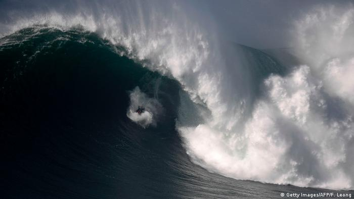 Portugal Surfen Big Wave Surfer Fred David (Getty Images/AFP/F. Leong)