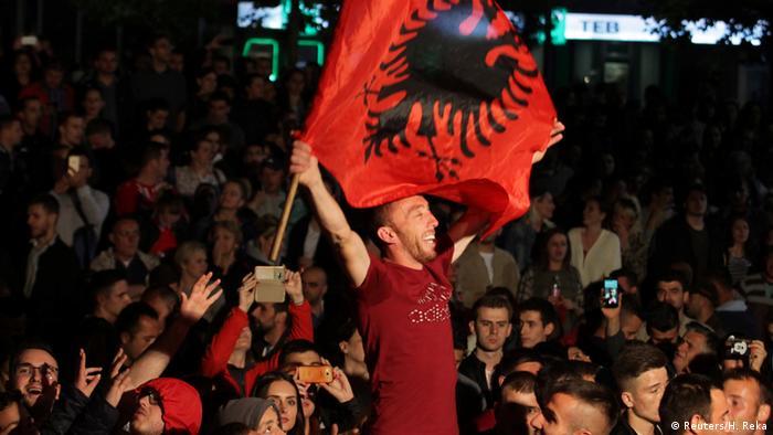 Kosovo Parlamentswahlen (Reuters/H. Reka)