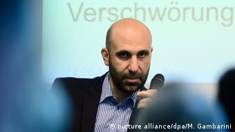 Ahmad Mansour in Berlin bei der Veranstaltung Die Radikalisierung Jugendlicher in Deutschland und Europa
