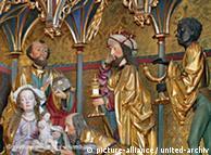 Darstellung von Christi Geburt, Seitenalter im Rheingauer Dom (Foto: DPA)