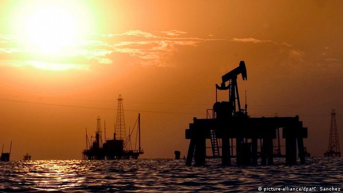 Venezuela oil drilling platform in Maracaibo Lake