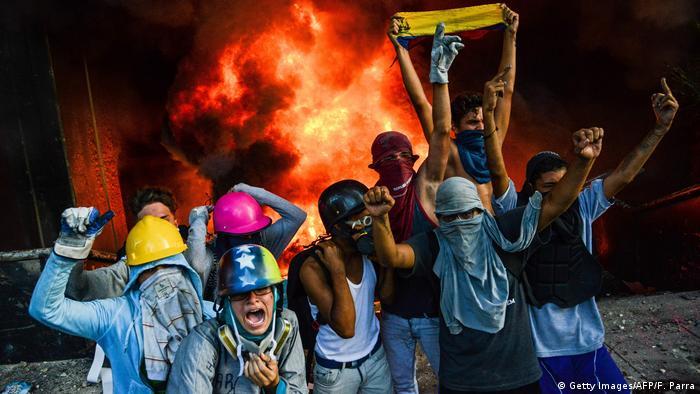 Venezuela: Protestolarda şimdiye dek 66 kişi öldü