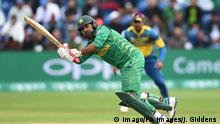 Großbritannien Cardiff Cricket Pakistan s Sarfraz Ahmed in action during the ICC Champions Trophy Group B match at Cardiff Wales S