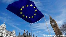 London EU Flagge vor Parlament Square