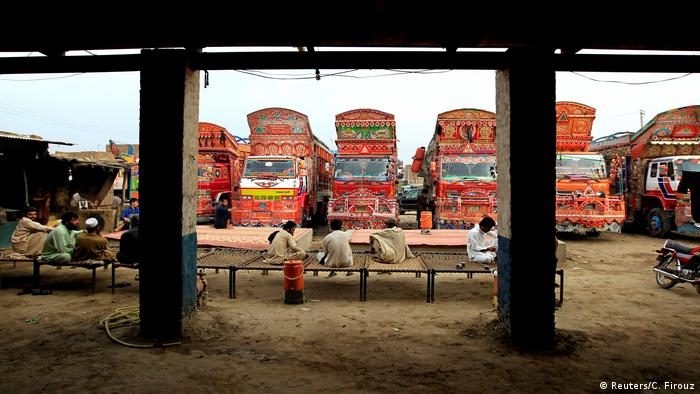 Pakistan Kunst auf Lastkraftwagen (Reuters/C. Firouz)