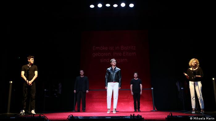 Vorbiţi tăcere?/Sprechen Sie Schweigen?, producţie a Teatrului Naţional Radu Stanca din Sibiu