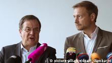 Presidente regional da CDU, Armin Laschet (esq.), e líder do FDP, Christian Lindner,  na Renânia do Norte-Vestfália