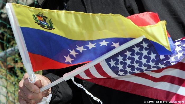 USA - Venezuela flags