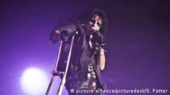 Alice Cooper auf der Bühne (picture alliance/picturedesk/S. Patter)