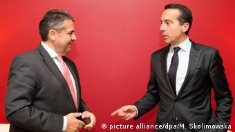 Ґабріель (л) виступив із заявою не зі своїм австрійським колегою Курцом, а з канцлером Керном (на фото праворуч)