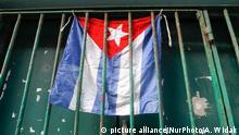 Kuba - Flagge - Alltag in Havanna