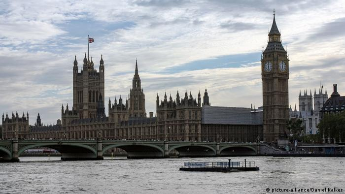 London Westminster Parlament (picture-alliance/Daniel Kalker)