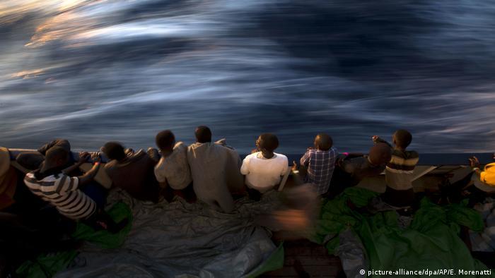A difícil busca de uma saída para a crise migratória na Europa