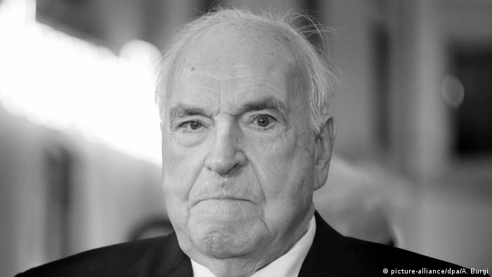 Helmut Kohl (picture-alliance/dpa/A. Burgi)