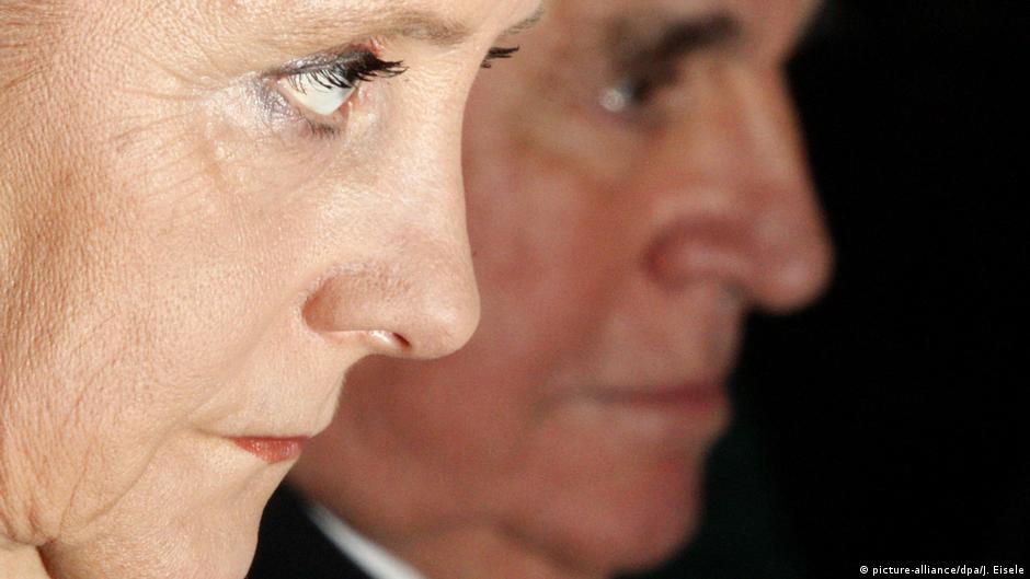 Deutschland Angela Merkel und Helmut Kohl