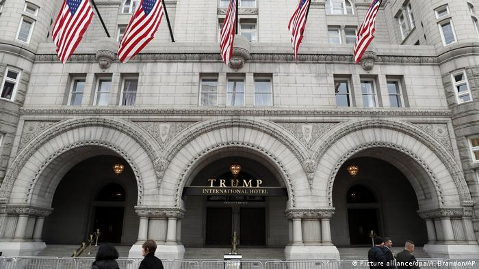 Polizei nimmt Mann in Trump-Hotel fest (Picture alliance/dpa/A. Brandon/AP)