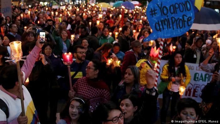 Lehrerprotest in Kolumbien (Imago/Agencia EFE/L. Munoz)