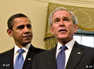 بوش و اوباما - آیا در اینجا بر حسب اتفاق شانه به شانه اند؟