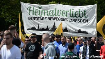 Berlin Demonstration Identitäre Bewegung (picture-alliance/dpa/A. Vitvitsky/Sputnik)