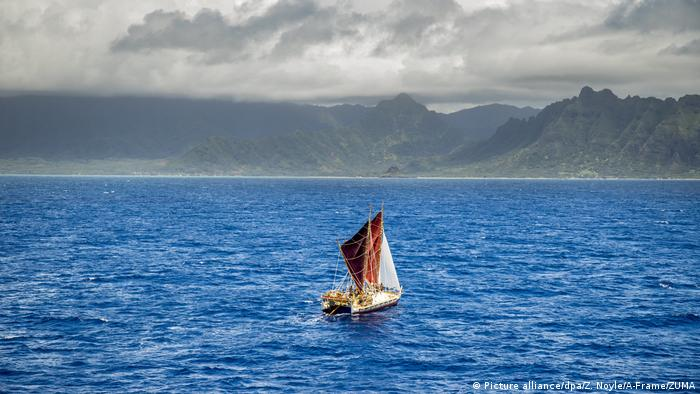 Hokulea traditional canoe returns to Hawaii after three year global journey