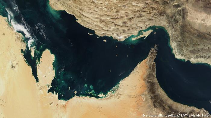 Die Straße von Hormus Satellitenaufnahme (picture-alliance/dpa/NASA/The Visible Earth)
