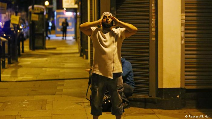 England Fahrzeug rast in Gruppe Muslime - mehrere Opfer (Reuters/N. Hall)