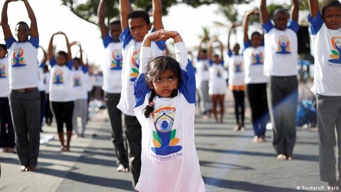 Internationaler Yoga Tag 2017 Südafrika (Reuters/R. Ward)