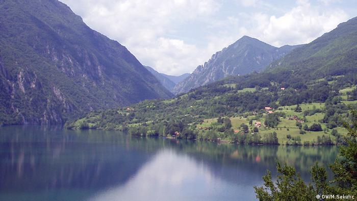 Jezero Perućac i dio budućeg nacionalnog parka Drina